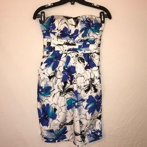 SNAP | Abstract Floral Pocket Strapless Mini Dress
